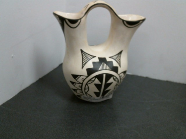 MARY ROSE Glass/Pottery NATIVE AMERICAN ACOMA PITCHER