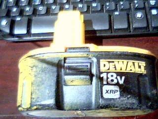 DEWALT Battery/Charger DC9098 18V 1.2AH NICAD BATTERY