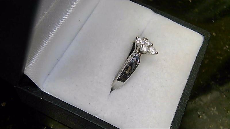 Diamond Cluster 0.16 CT 10K White Gold Ring