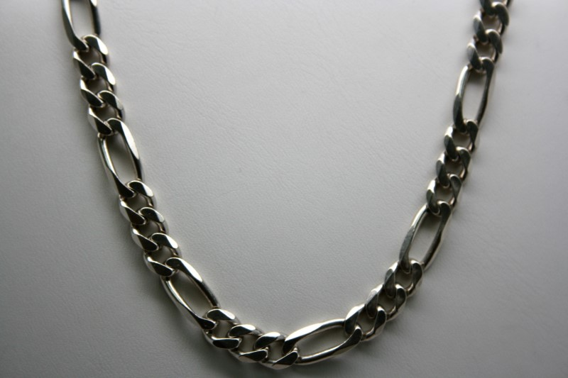 "22"" FIGARO STYLE SILVER CHAIN"