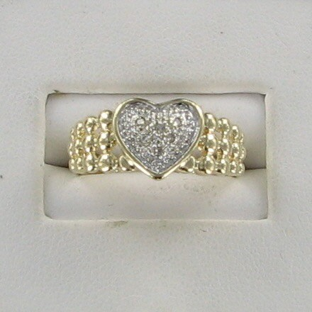 Lady's Gold Ring 10K Yellow Gold 1.9dwt