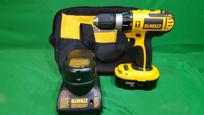 DEWALT 18-Volt Ni-Cad 1/2 in. Cordless Compact Hammer Drill