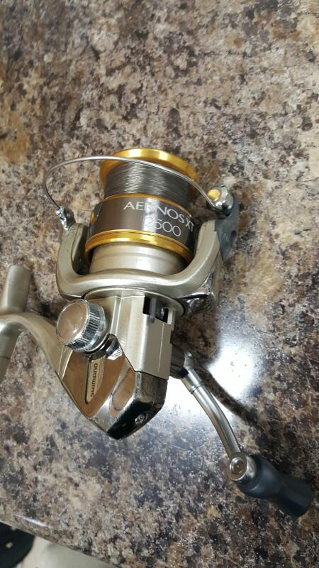 Shimano Aernos XT 2500 Spinning Fishing Reel