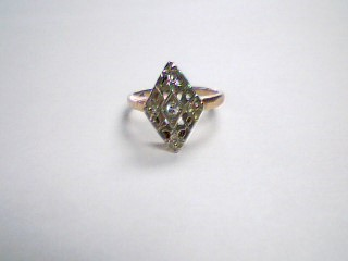 Lady's Diamond Fashion Ring .05 CT. 10K Yellow Gold 1.9g Size:4