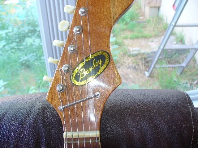 BARCLAY GUITAR