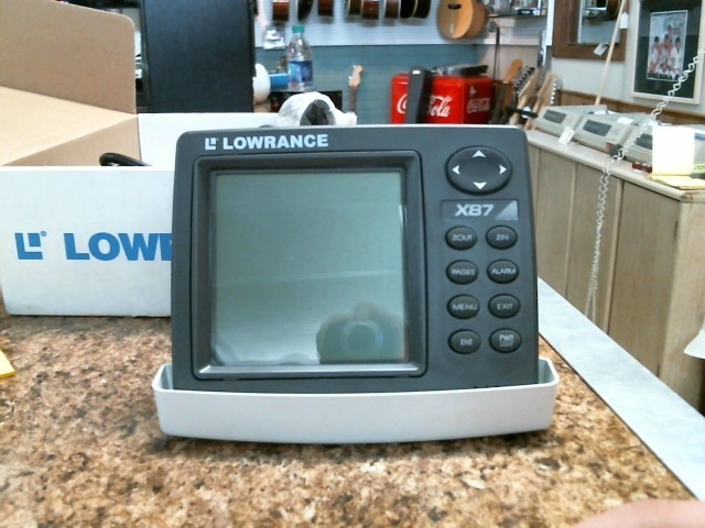 LOWRANCE Outdoor Sports X87