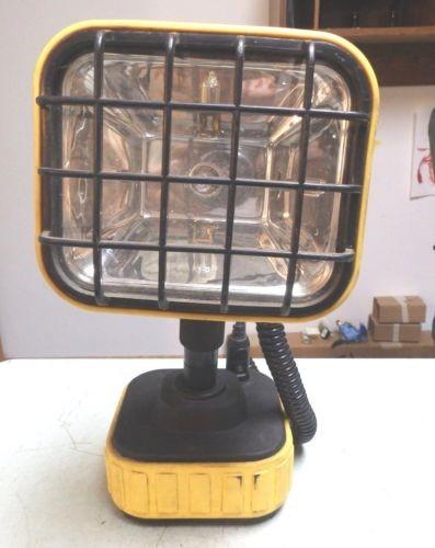 VECTOR Work Light VEC 142