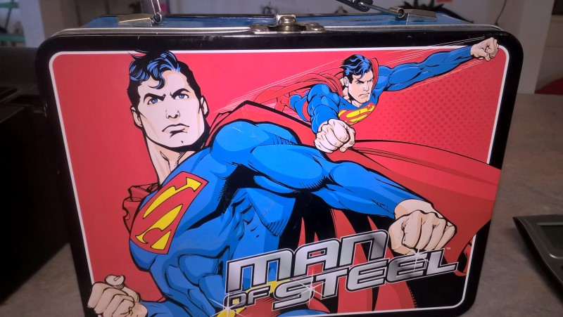 DC COMICS Entertainment Memorabilia SUPERMAN LUNCH BOX