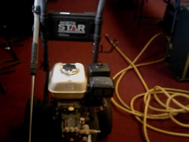 NORTHSTAR Pressure Washer 1578112
