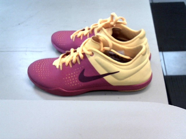 NIKE Shoes/Boots 616057-600