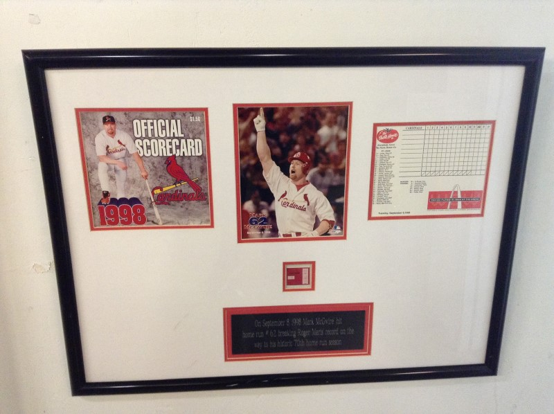 MARK MCGWIRE Sports Memorabilia #62 HOME RUN