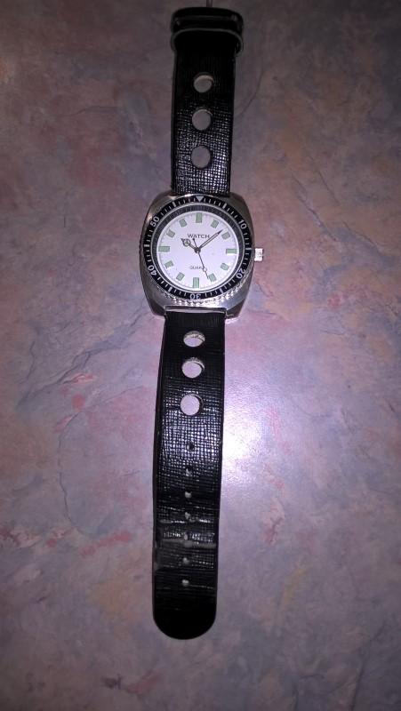 Gent's Wristwatch MENS QUARTZ WATCH
