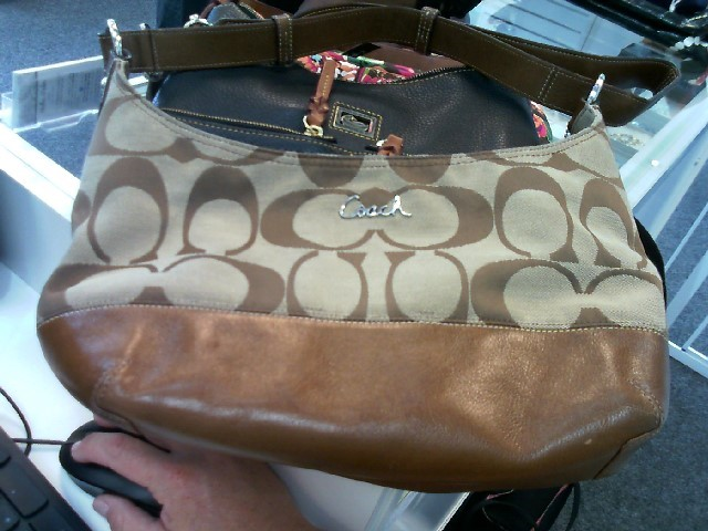 COACH Handbag F17491