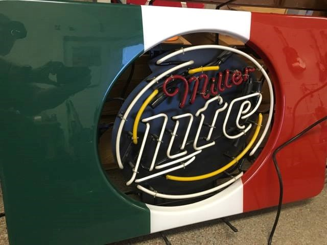 MILLER BREWING COMPANY MEXICO FLAG NEON LITE