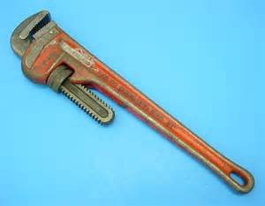 "URREA TOOLS Hand Tool 18""PIPE WRENCH"