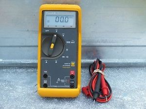 FLUKE Multimeter 77-II
