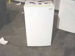 MAGIC CHEF Refrigerator/Freezer 440YW