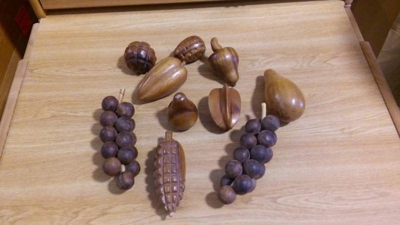 WOOD FRUIT Sculpture/Carving WOOD FRUIT CENTER PIECE