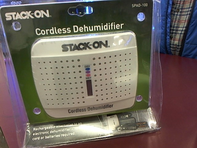 STACK-ON CORDLESS DEHUMIDIFIER