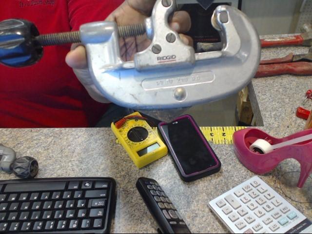 RIDGID TOOLS Hand Tool TUBING AND CONDUIT CUTTER