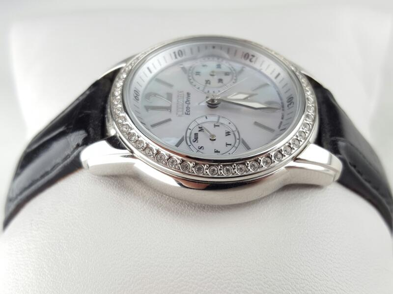 CITIZEN Lady's Wristwatch FD1030-13D