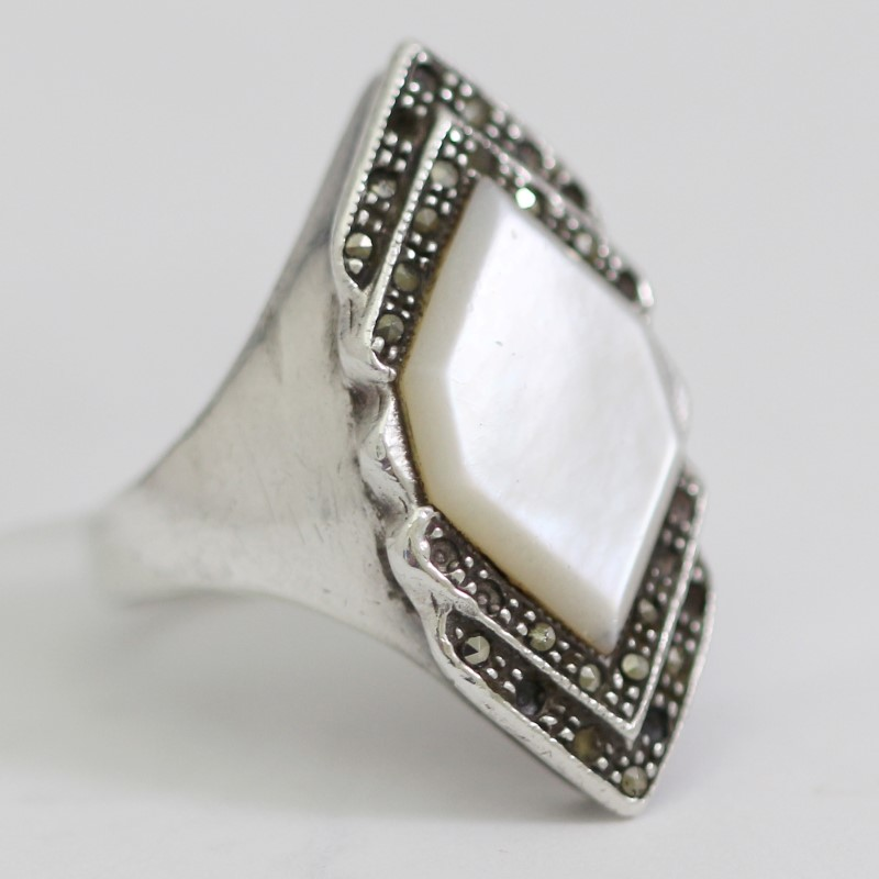 Vintage Inspired Sterling Silver Moonstone Statement Ring Size6.75