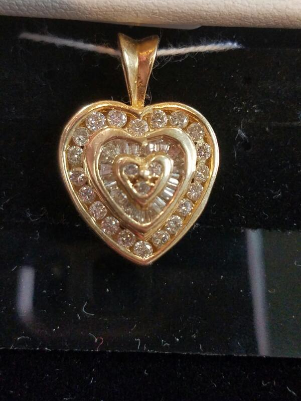 Gold-Diamond Heart Pendant 37 Diamonds 1.48 Carat T.W. 14K Yellow Gold 3.6g