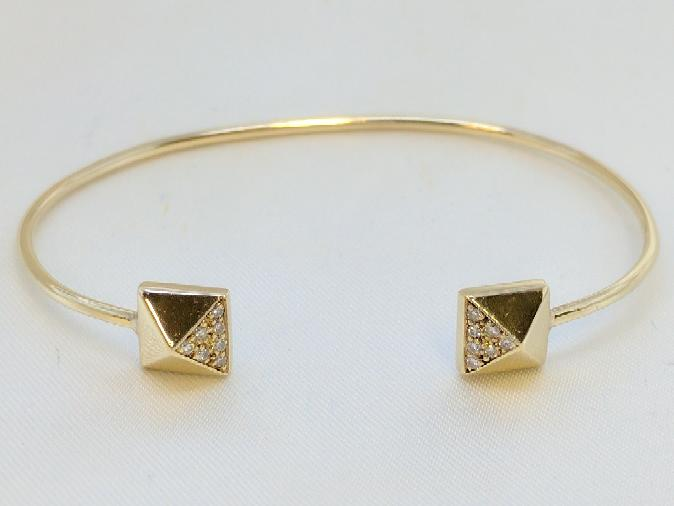 Gold-Diamond Bracelet 14 Diamonds .14 Carat T.W. 14K Yellow Gold 5.8g