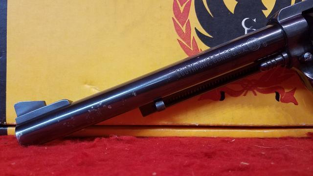 """Ruger New Model Super Blackhawk 44 Magnum - 7-1/2"""" - Original Box"""