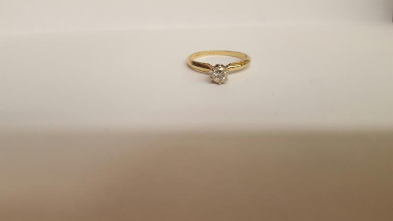 Lady's Diamond Solitaire Ring .33 CT. 14K Yellow Gold 2.25g Size:7.5