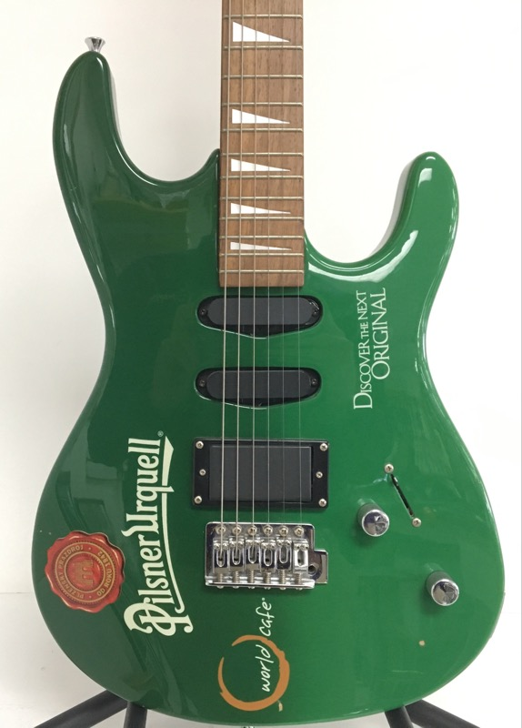 PILSNER URQUELL WORLD CAFE ELECTRIC GUITAR