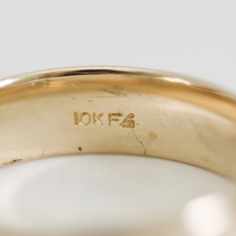 10K Yellow Gold Comfort Fit Maatte Wedding Band Size 10.5