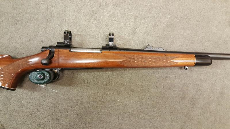 REMINGTON 700 BDL .270 WIN, WOOD STOCK, BLUE, SCOPE RINGS, USED/VG