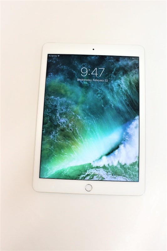 APPLE Tablet IPAD AIR 2 MH322LL/A