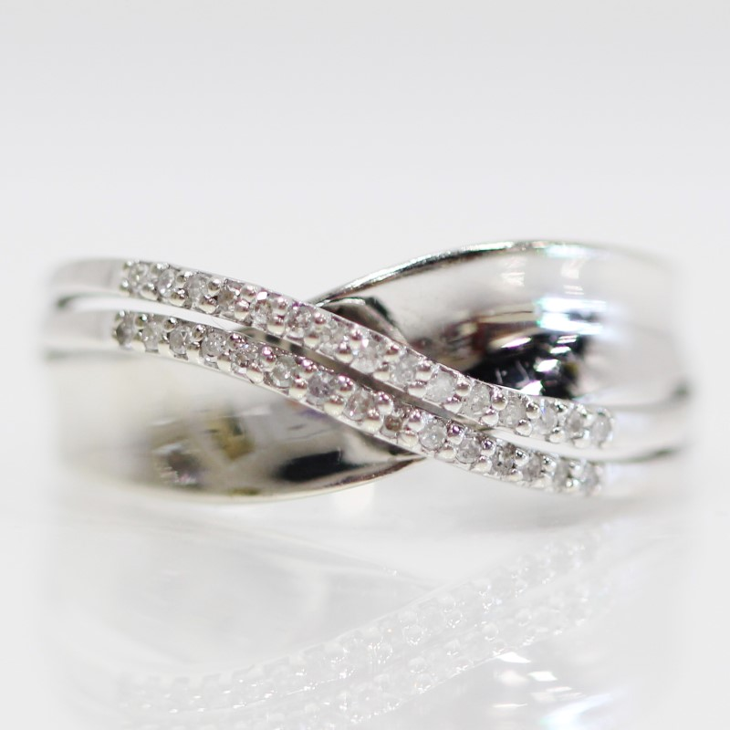 10K White Gold Double Channel Set Diamond Accent Band Size 9.5.