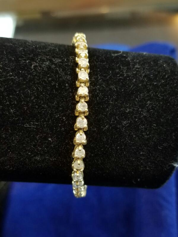 Gold-Diamond Bracelet 51 Diamonds 5.10 Carat T.W. 14K Yellow Gold 5.6g