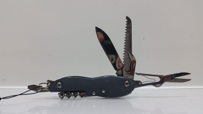 Columbia 9 Function Stainless Steel Blue Textured Folding Multi-Tool