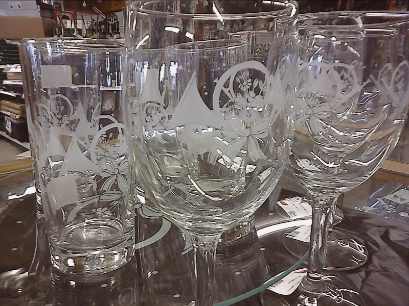 MISC HOUSEHOLD MISC USED MERCH MISC USED MERCH PRINCESS HOUSE 587; 4 WINE GLASSE
