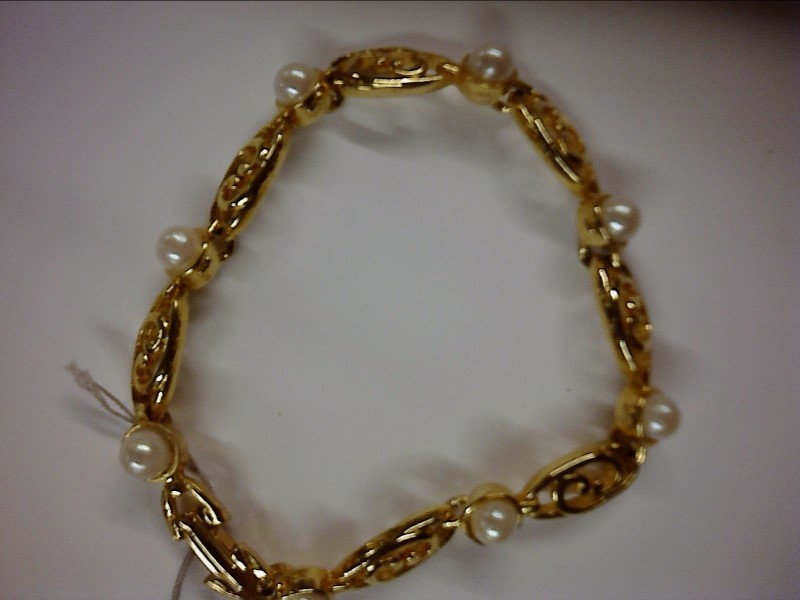BRACELET , 22KT, GOLD PLATE 8.29 DWT; DESIGN BRACLETE W/ PEARLS - NOT GOLD