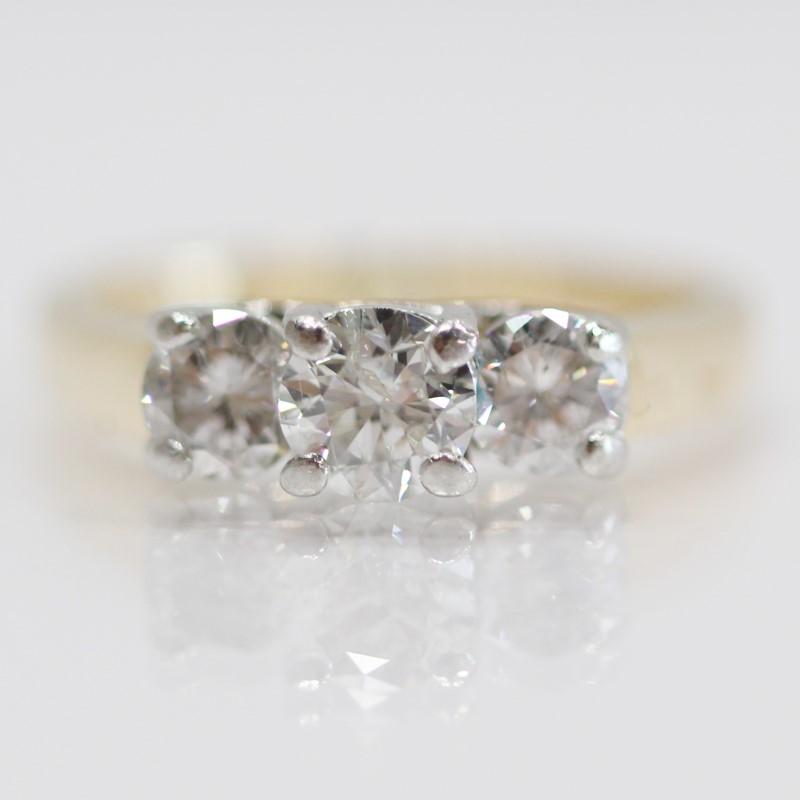 14K Y/G Past Present Future Round Brilliant Diamond Ring Size 4.75
