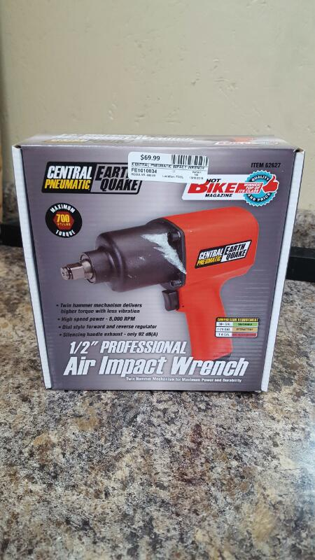 "Central Pneumatic EarthQuake 1/2"" Impact Wrench - Red - 62627"
