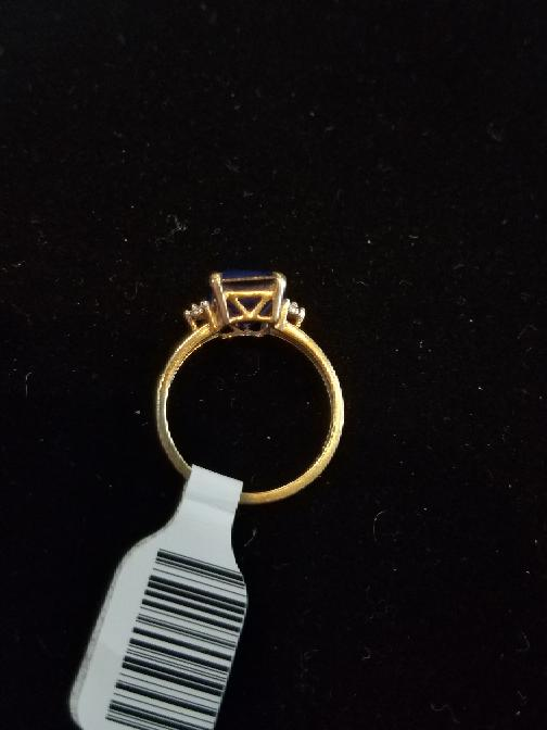 Blue Lady's Stone Ring 10K Yellow Gold 2.5g Size:7.5 (Free S/H)