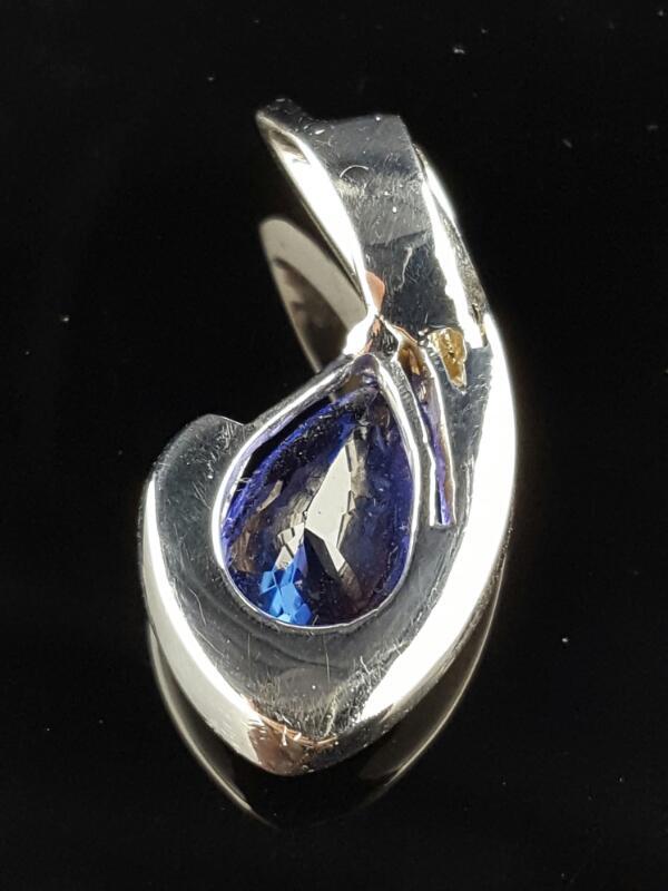Tanzanite Gold & Diamond Pendant 6 Diamonds .12 Carat T.W. 14K White Gold