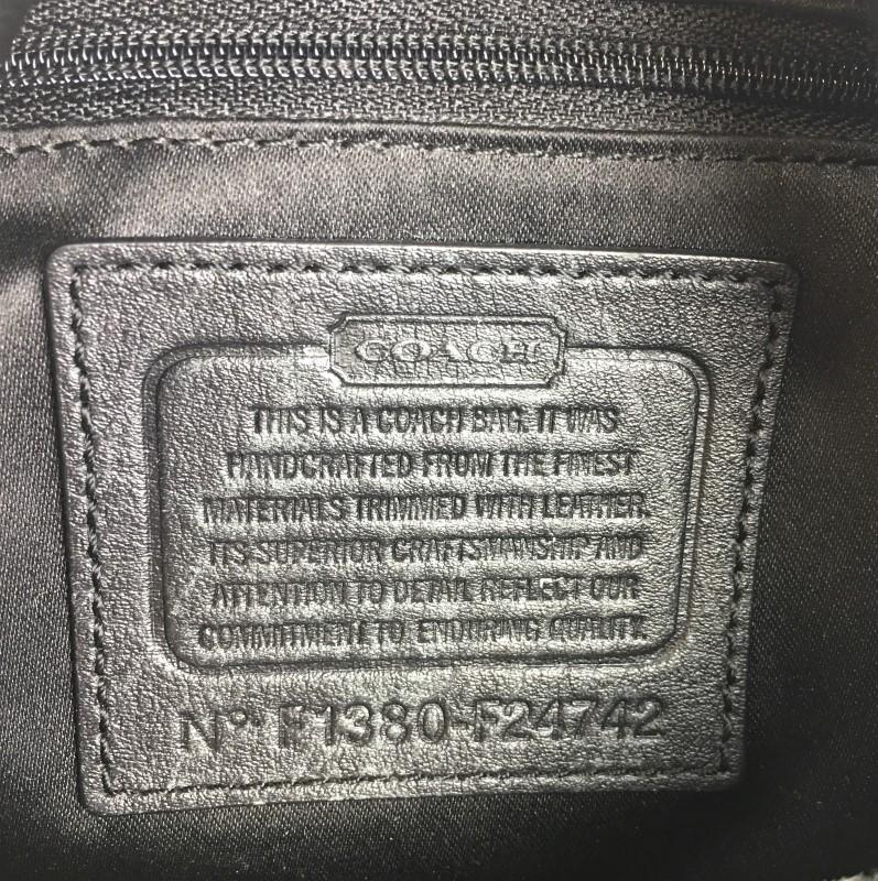 COACH CAMPBELL SIGNATURE SHOULDER BAG F24742