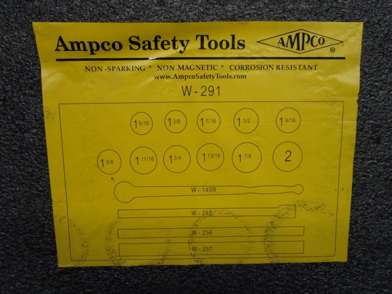 AMPCO SAFETY TOOLS W-291 15 PIECE SOCKET WRENCH SET, NON-SPARKING