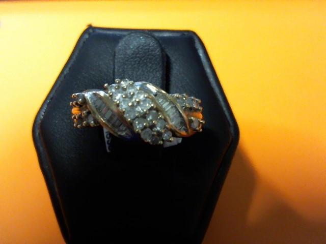 LDS 10KYG DIAMOND RING