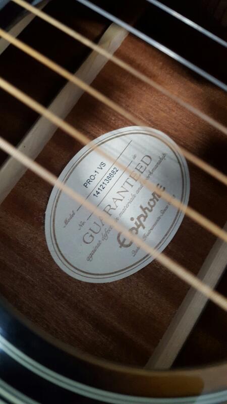 Epiphone PRO-1 VS Acoustic Guitar W/Road Runner Hard Case