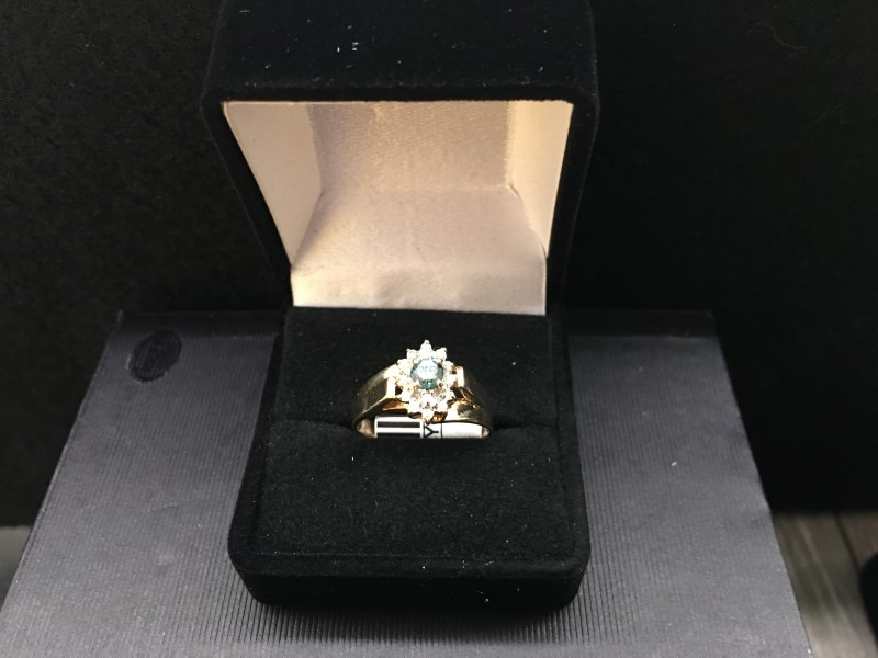 Lady's Diamond Cluster Ring 15 Diamonds .39 Carat T.W. 14K Yellow Gold 2.25dwt