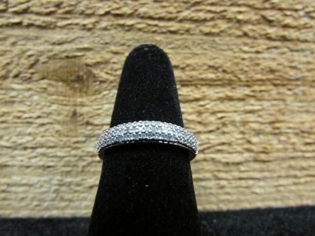 Lady's Silver-Diamond Ring 50 Diamonds .50 Carat T.W. 925 Silver 2.4g Size:7