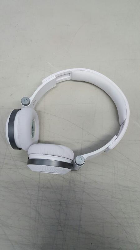 JBL Synchros E30 Headphones - White